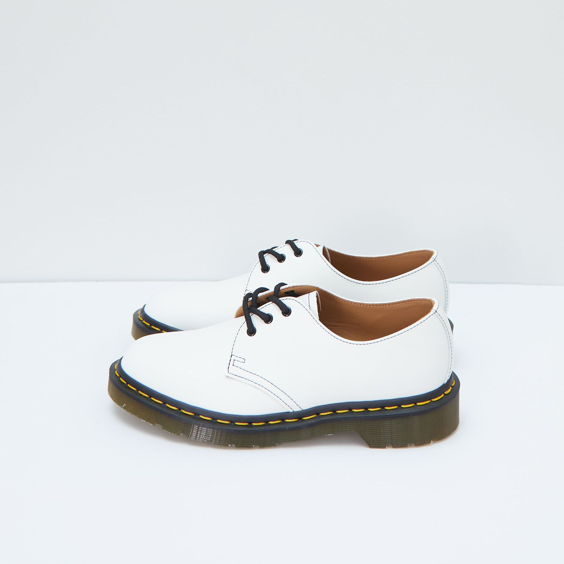 Dr.Martens Pointy-toe Oxfords